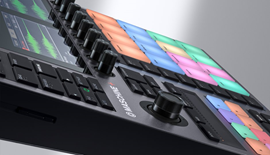img-ce-gallery-maschine-plus-product-page-03-image-gallery-01-57ebc0f443542f2948664802a209ca24-d