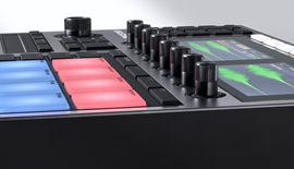 img-ce-gallery-maschine-plus-product-page-03-image-gallery-02-f09fb43d67d0eef066bff57ef85253ee-d